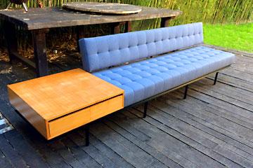 Le design restauration achat vente mobilier design for Achat mobilier design